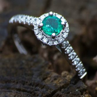 diamond green ring